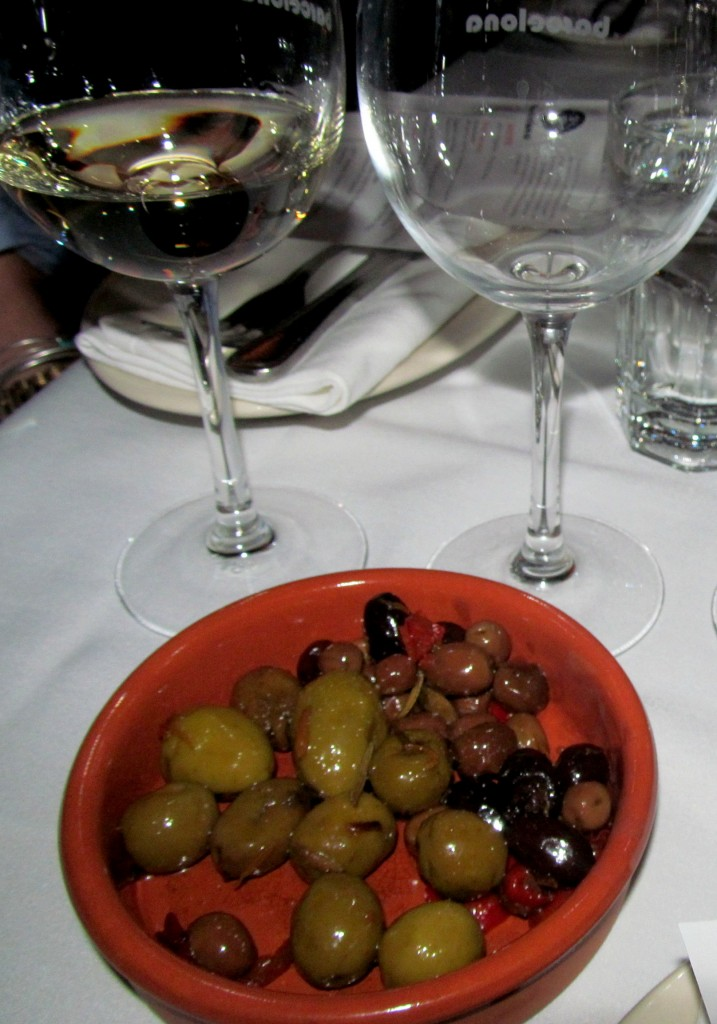 And my taste buds totally enjoyed Barcelona's classic olive plate!