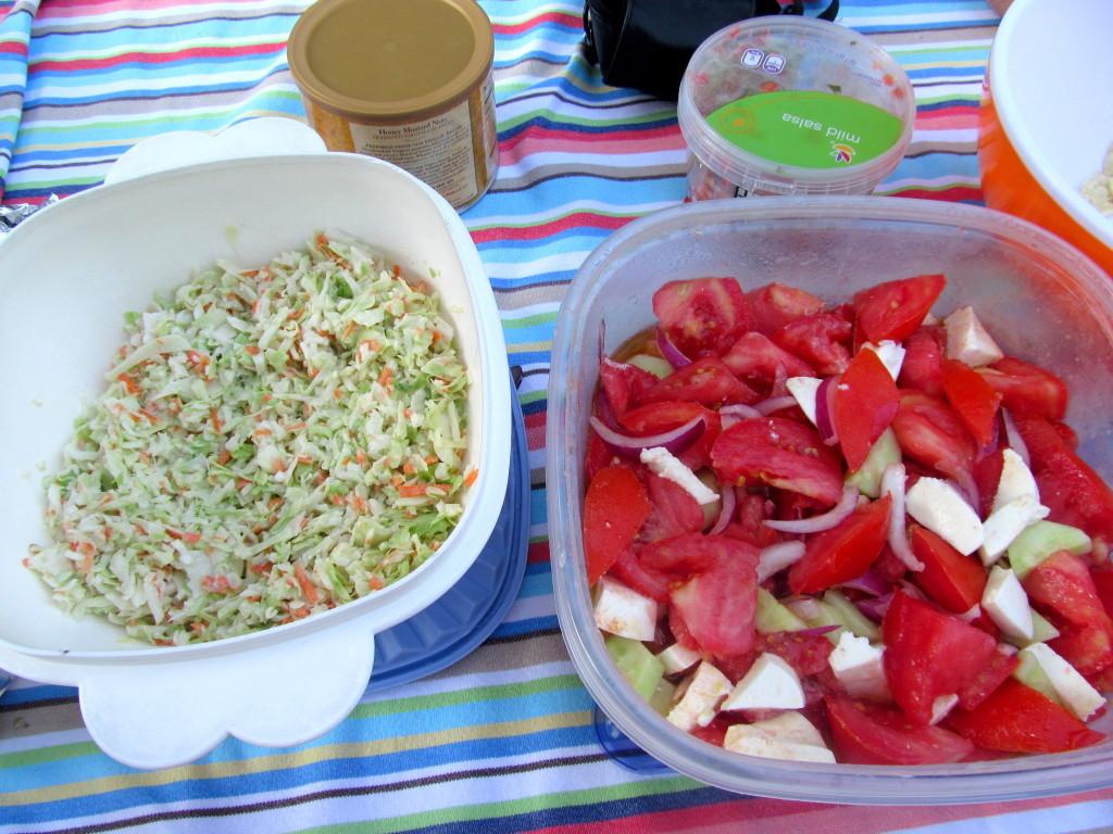 Coleslaw & tomato mozz salad!