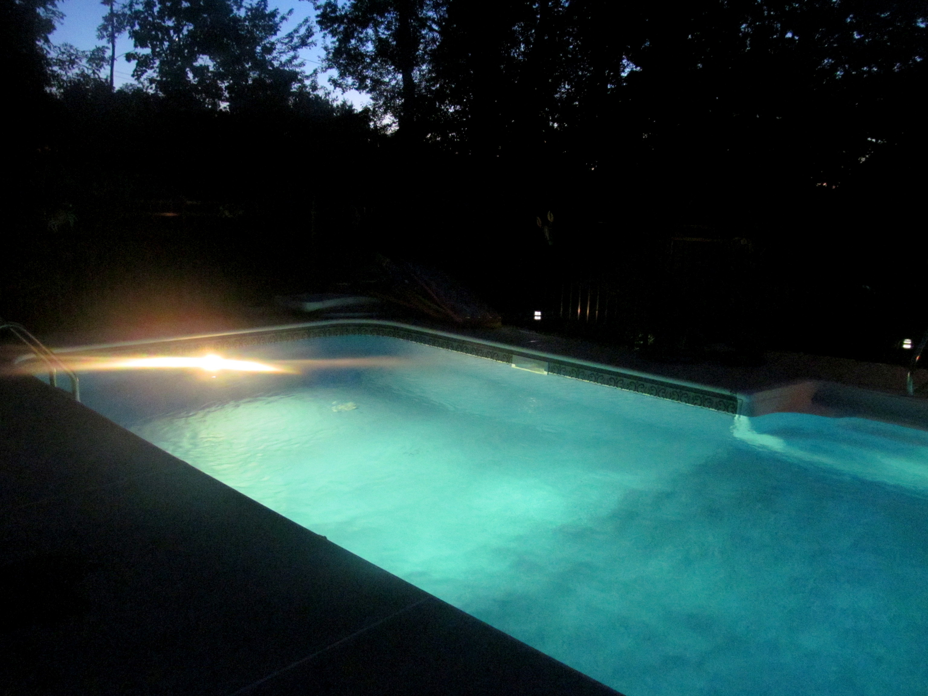 Love how the pool looked when lit up at night!