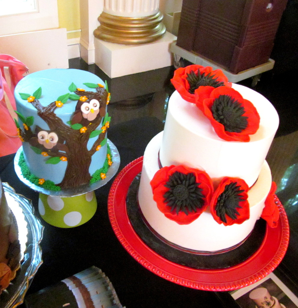 Check out the gorgeous cakes!